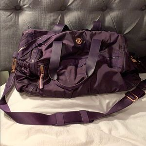Lululemon Gym To Win Duffel Bag - Purple Fog
